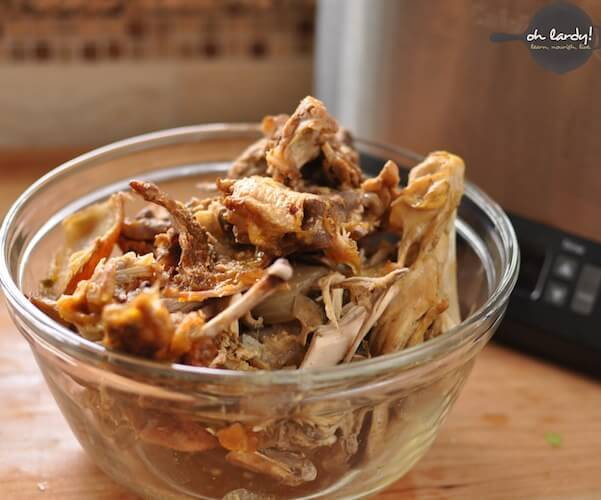 Easy Crockpot Chicken Bone Broth