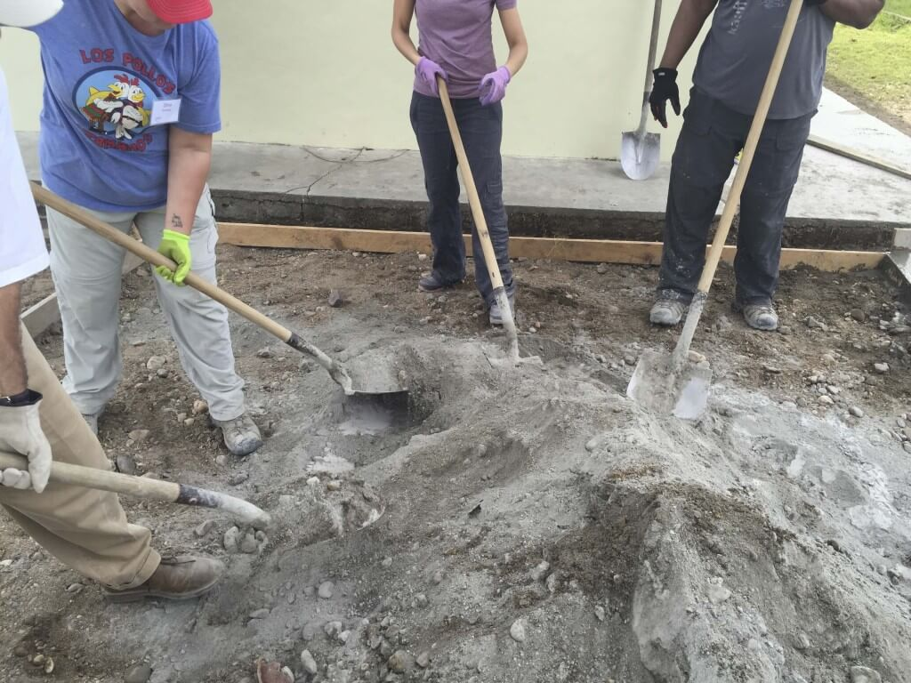 My Time In Honduras How To Mix Concrete By Hand Oh Lardy